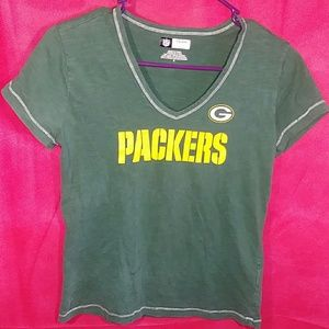 Vintage NFL Woman's Packers V- Neck Tee